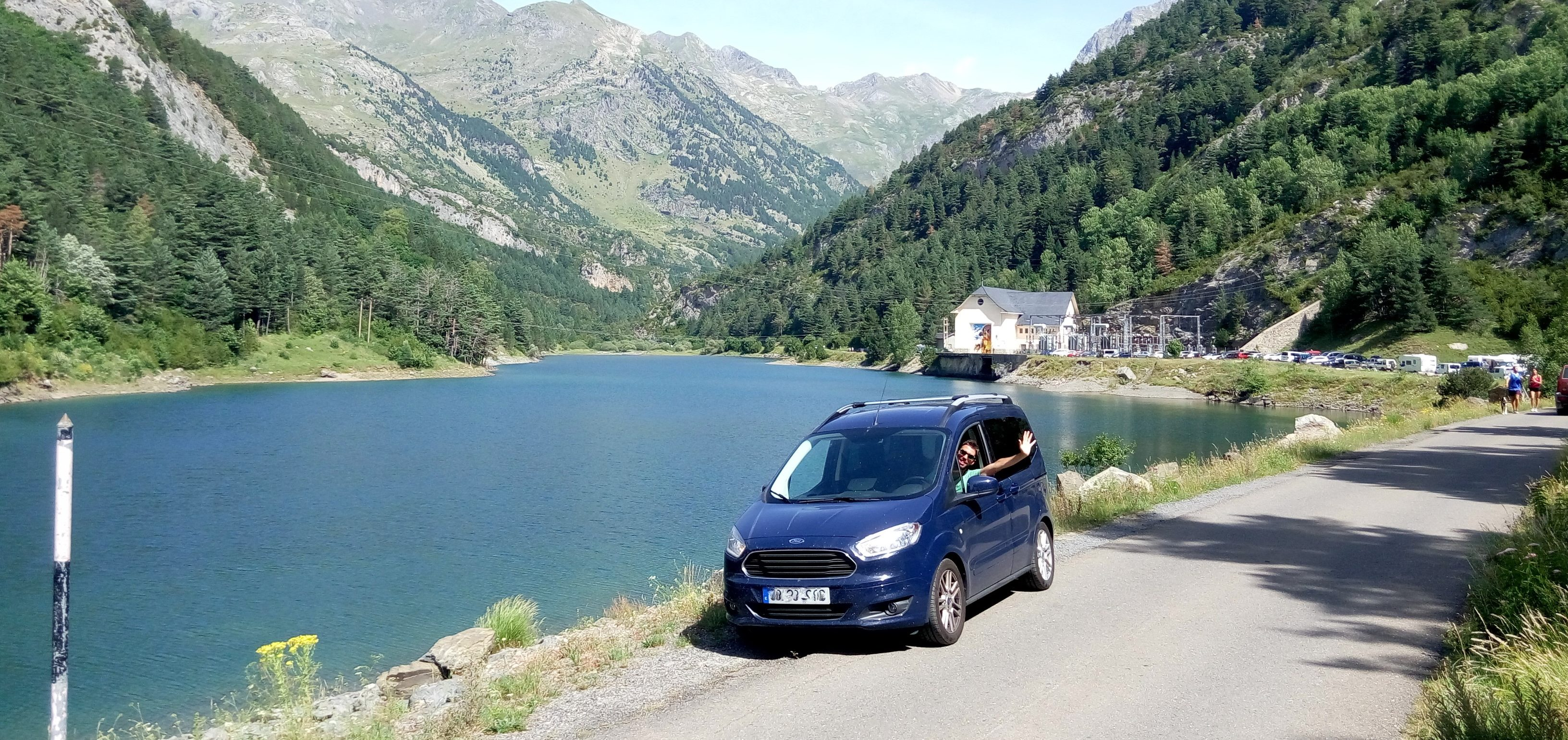 Pinaretta - Ford Couriel camper